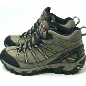 Merrell Men's Outland Mid Hiking Boot Size 7
